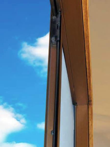 Costo-zanzariere-plissé-per-porte-finestre