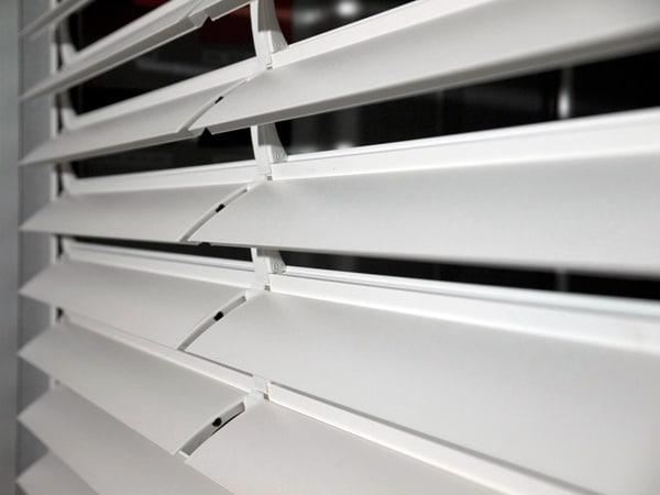 Tapparelle modena avvolgibili in pvc alluminio legno for Donelli avvolgibili